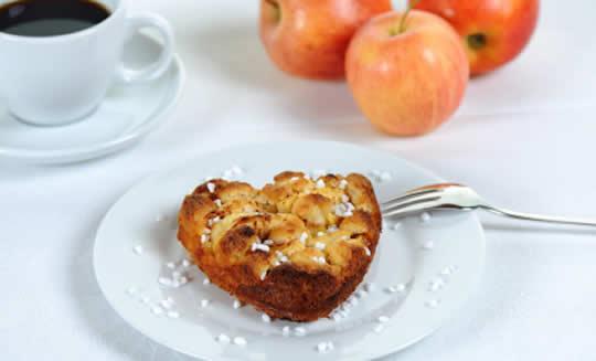 Heart-shaped apple pie