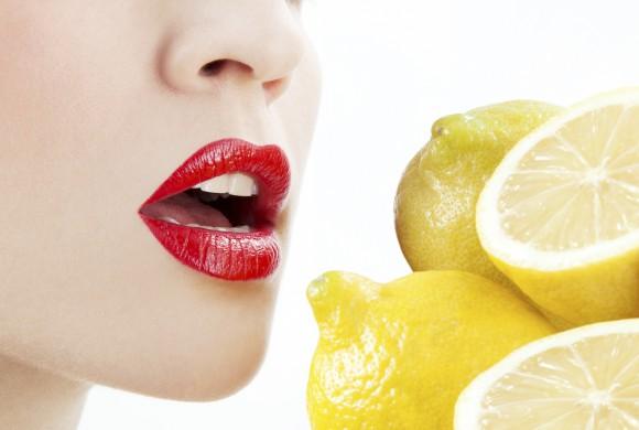 3 natural remedies to kill bad breath with lemon