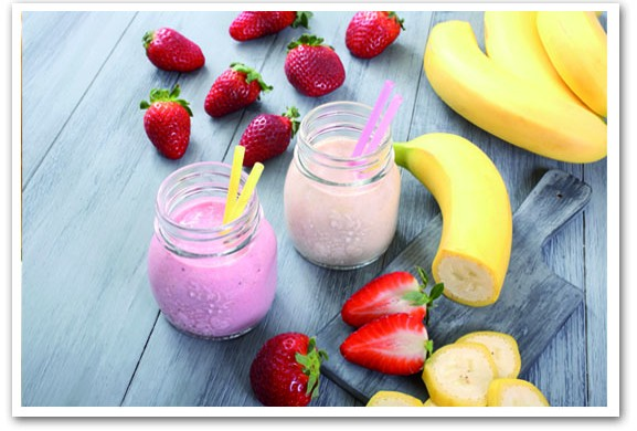 Banana, Strawberry And Lemon Juice Smoothie