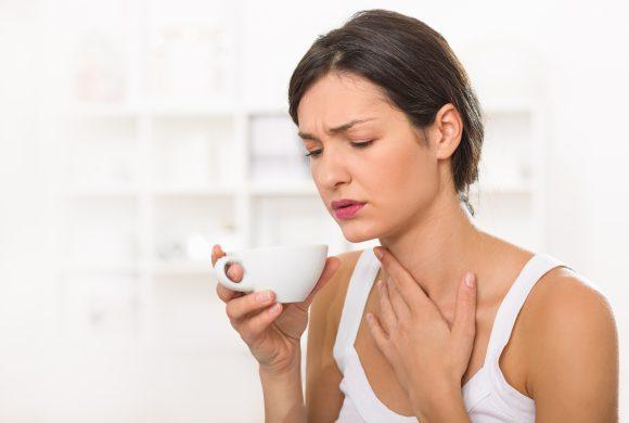 Natural Remedies: Banish Sore Throat with Lemon and Honey