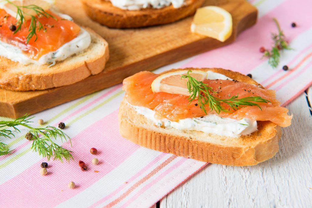 tartina al salmone