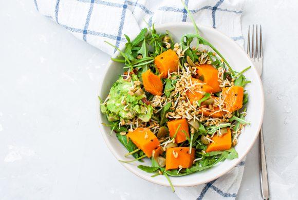 Insalata di carote arrosto in salsa piccante